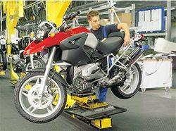 BMW R1200GS in production