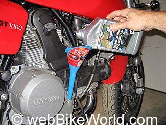 Ducati Oil Change - webBikeWorld