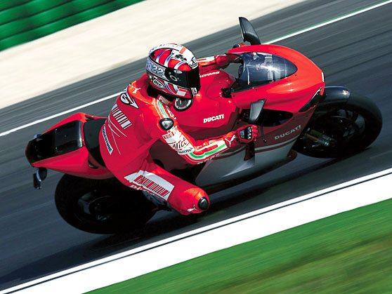 Ducati Desmosedici RR - On Track