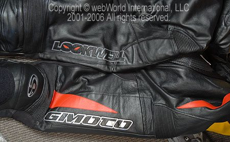 Comparison of GiMoto Custom Motorcycle Leathers and the Lookwell Viper Leather Suit - Legs