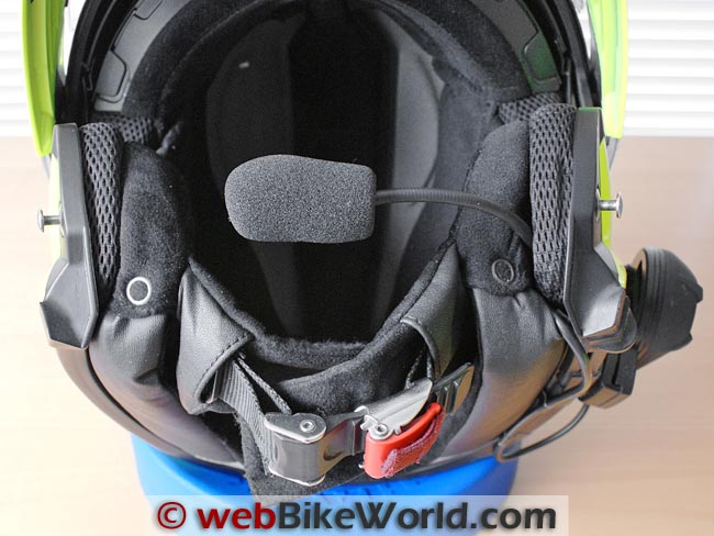Microphone Placement on SCHUBERTH C3