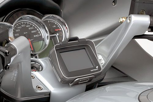 Moto Guzzi Norge 1200 - Dashboard and Standard TomTom Rider