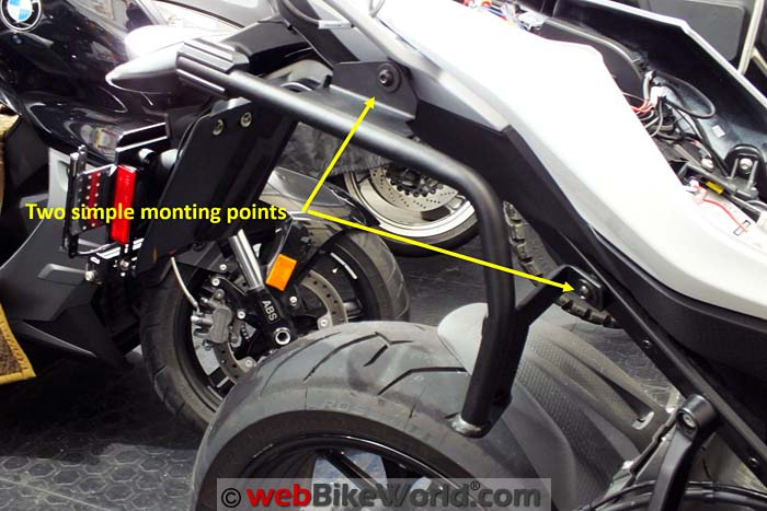 SHAD 3P Mounting Rack on BMW S1000XR