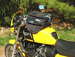 Motorcycle tank bag on Triumph Thunderbird Sport