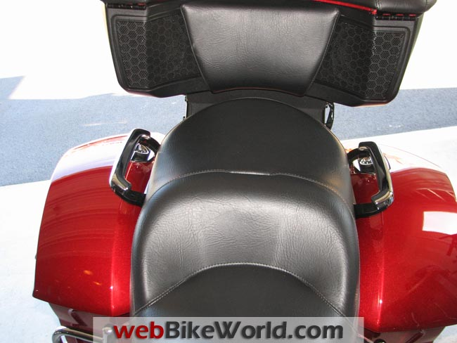 Victory Cross Country Tour Rear Seat
