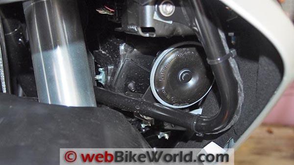 BMW C 650 GT horn.