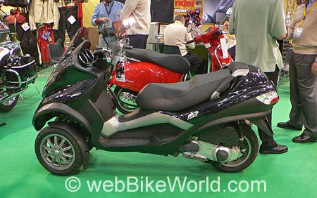 Piaggio MP3 Scooter - Side View