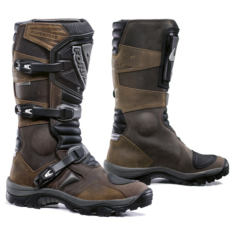 Forma Adventure Boots
