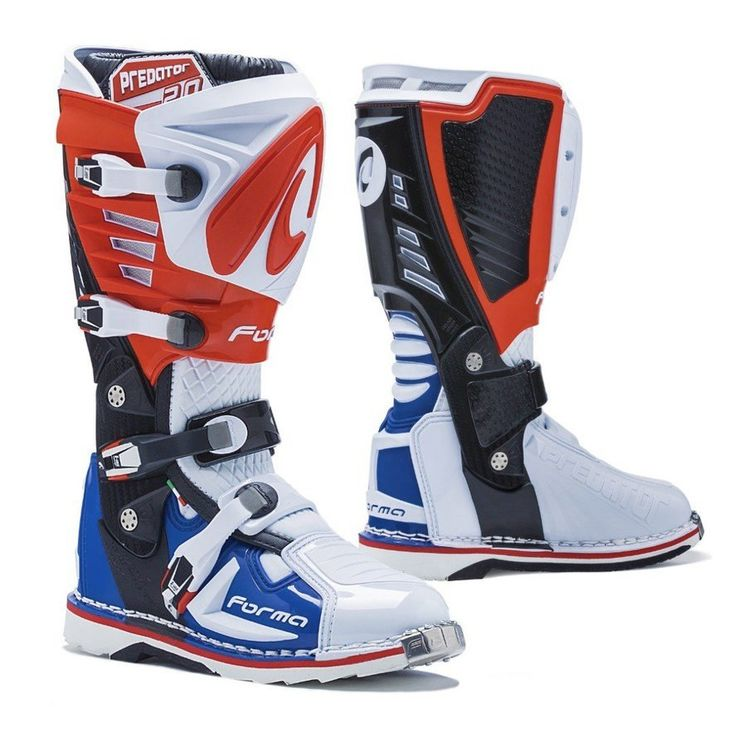 Forma Predator 2.0 Dirt Boots