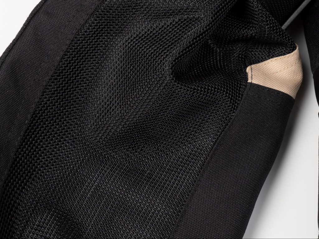 Pilot Motosport Elipsol Air Jacket Close of Mesh Material for Ventilation
