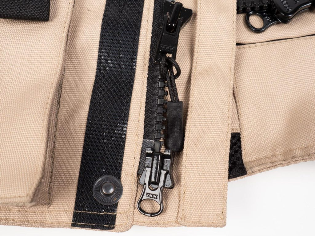Pilot Motosport Elipsol Air Closeup for Zipper and Tassel Pully