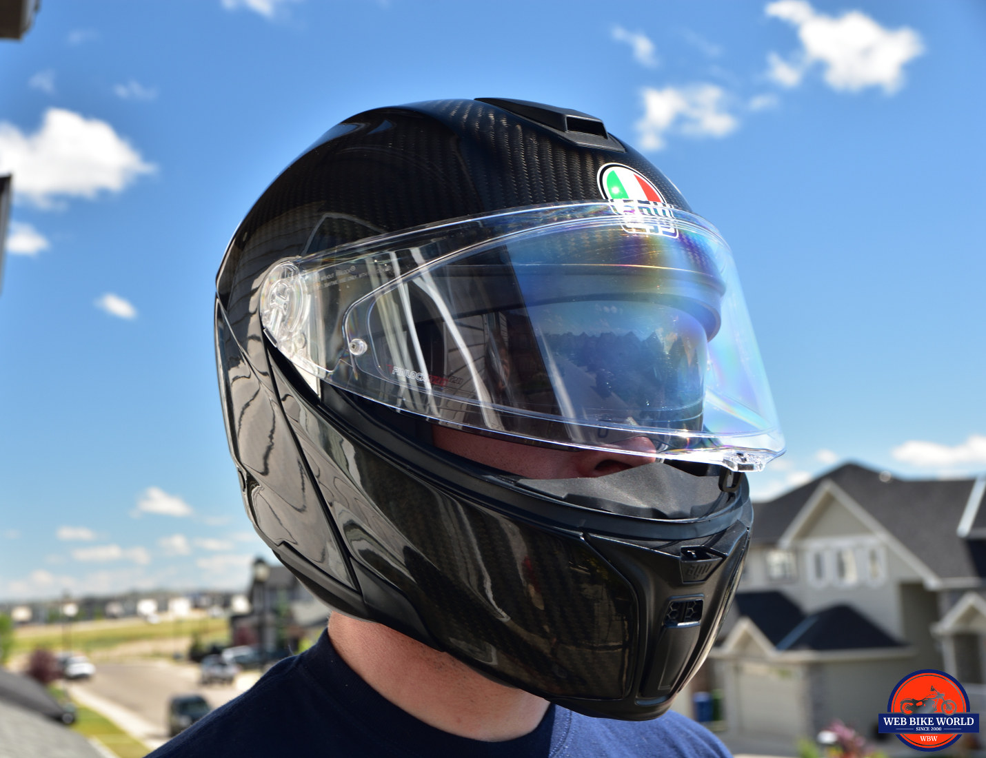Me wearing the AGV Sportmodular Carbon Gloss helmet.