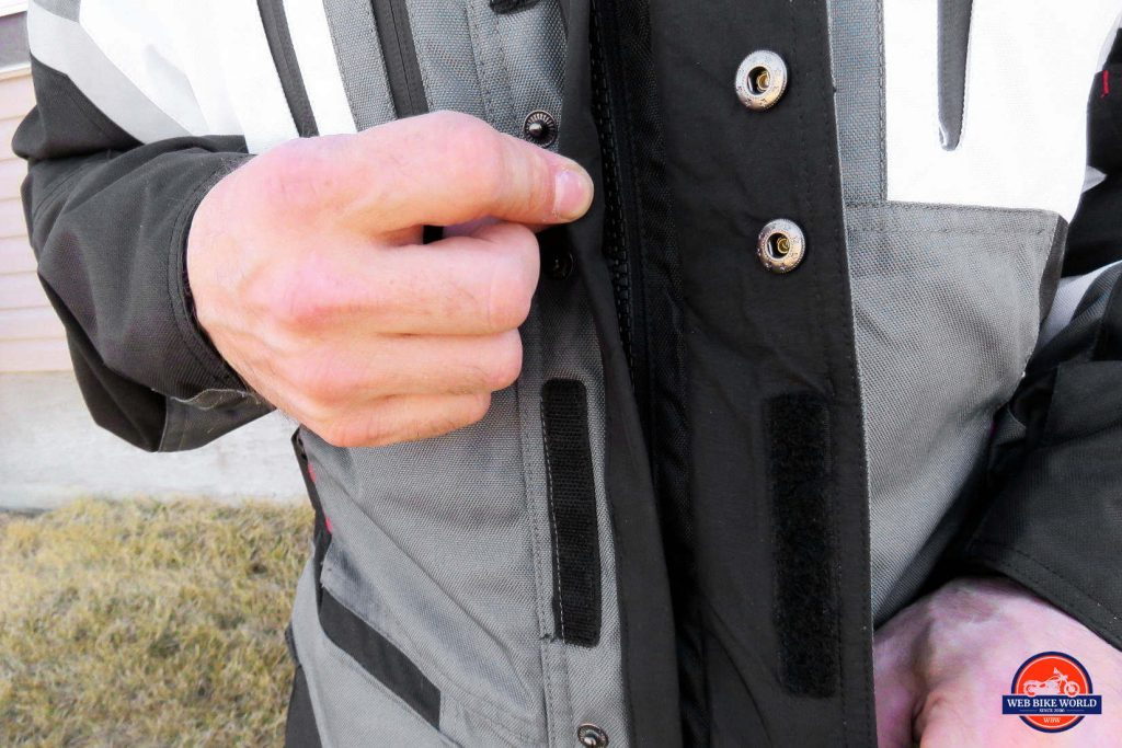 Joe Rocket Canada Ballistic 14 Jacket Closeup of Front Zipper Closures