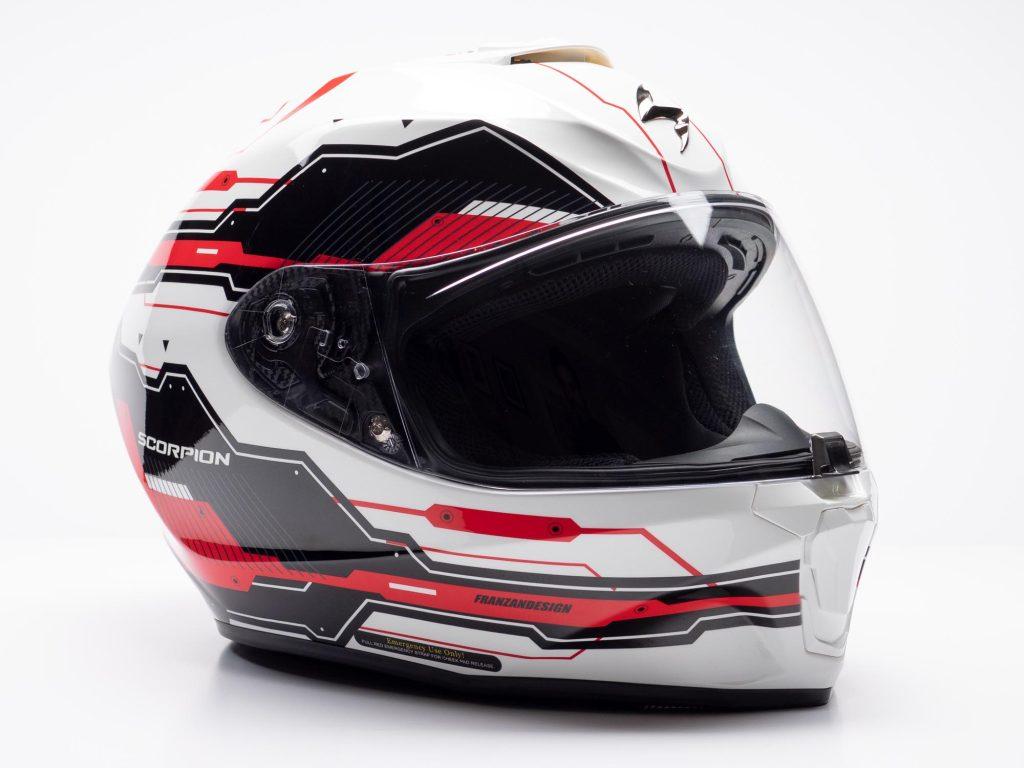 Scorpion EXO R420 Helmet Off-side View