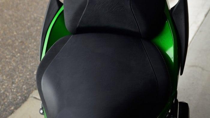 2018 Kawasaki Ninja H2SXSE seat.