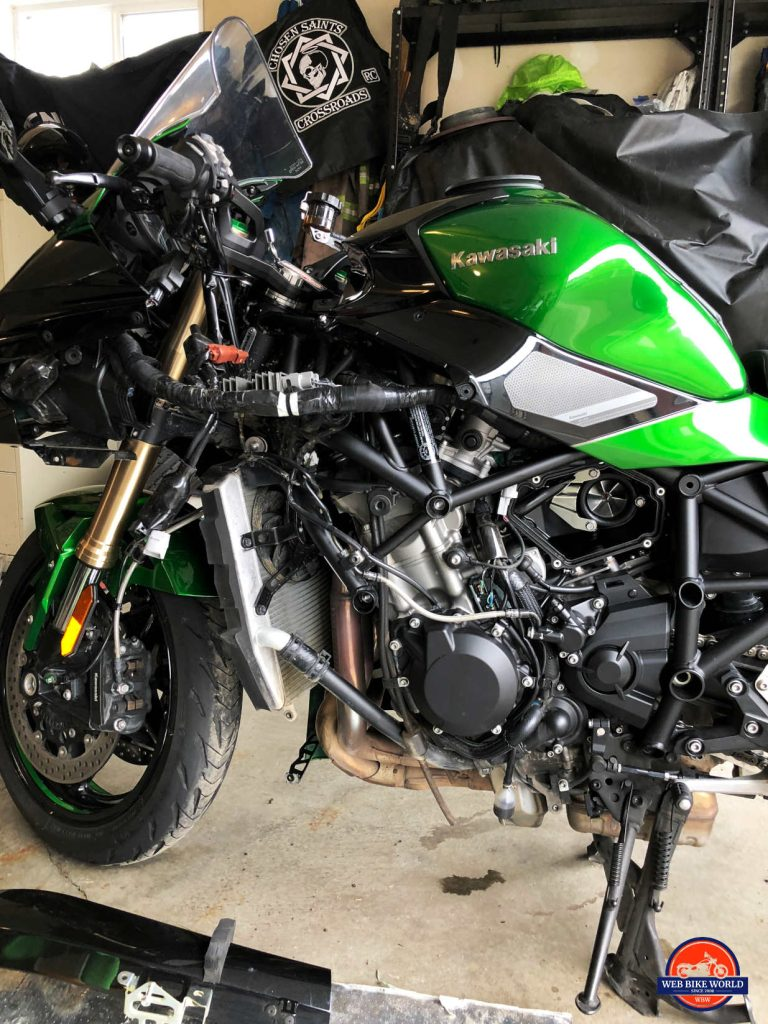 2018 Kawasaki Ninja H2SX SE with left side fairing removed.