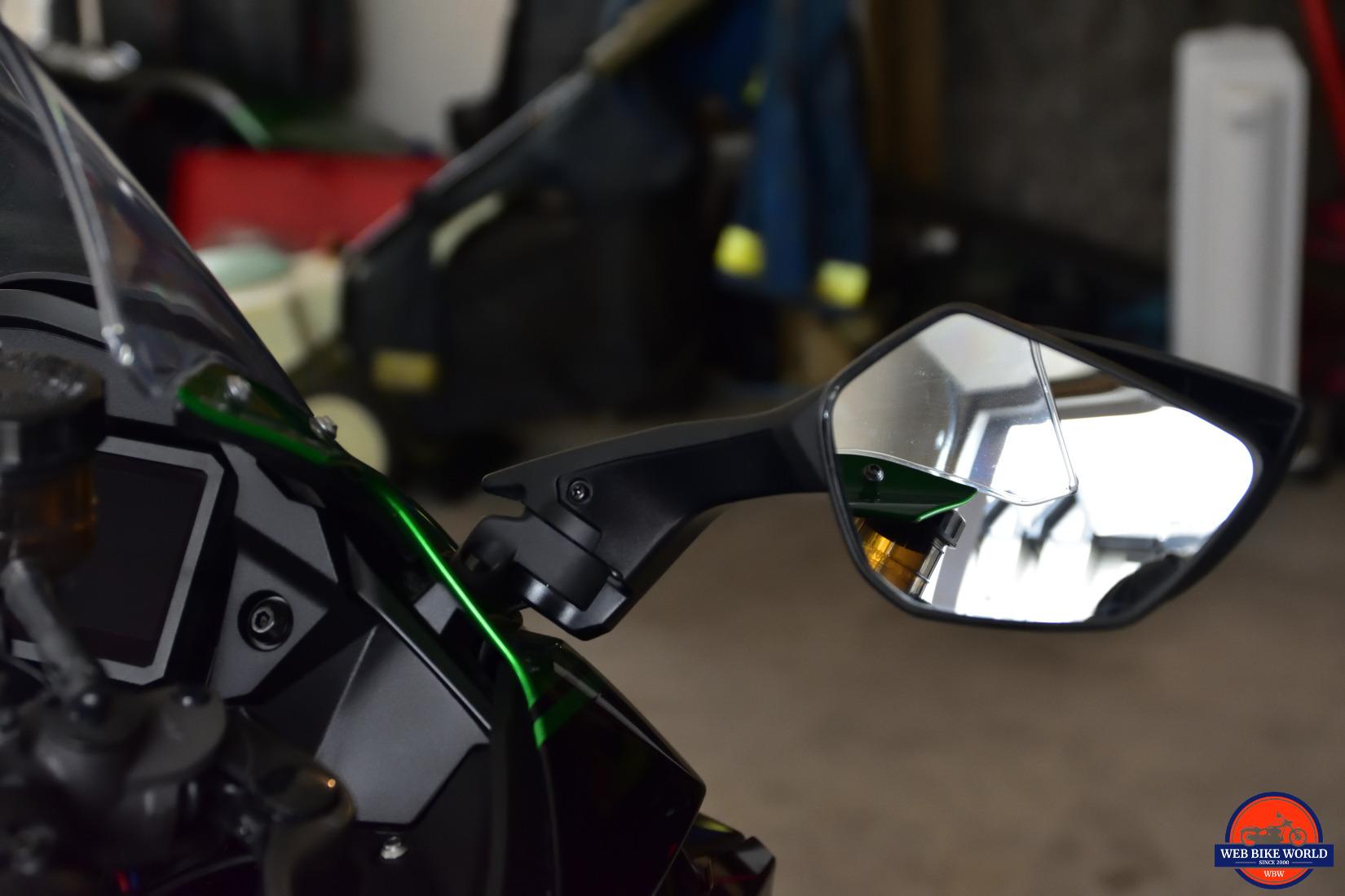 2018 Kawasaki Ninja H2SXSE mirror.