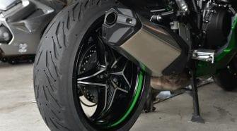 A Michelin Road 5 rear tire installed on a Ninja H2SX SE.