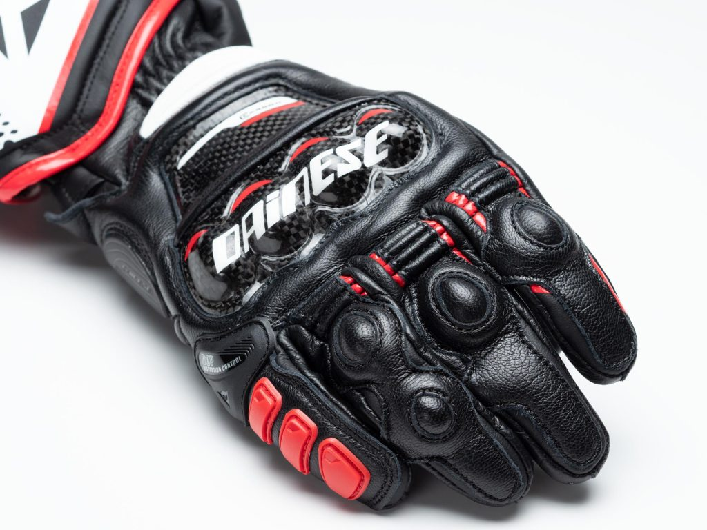 Dainese D1 Druid Long Gloves closeup right hand, knuckle armor