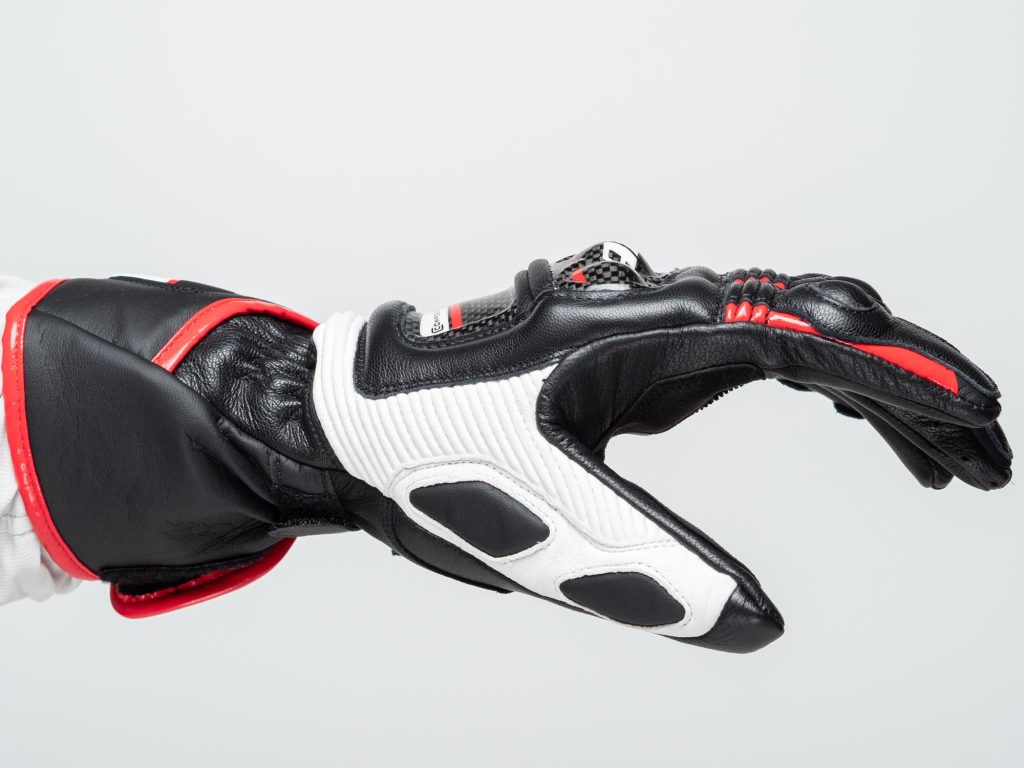 Dainese D1 Druid Long Gloves open grip side view