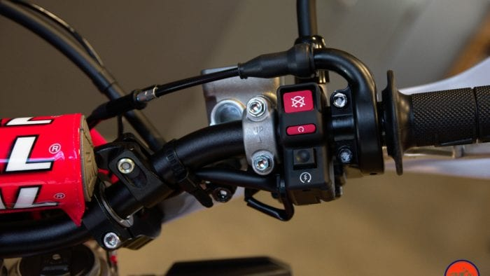 Controls of a 2019 Honda CRF450L