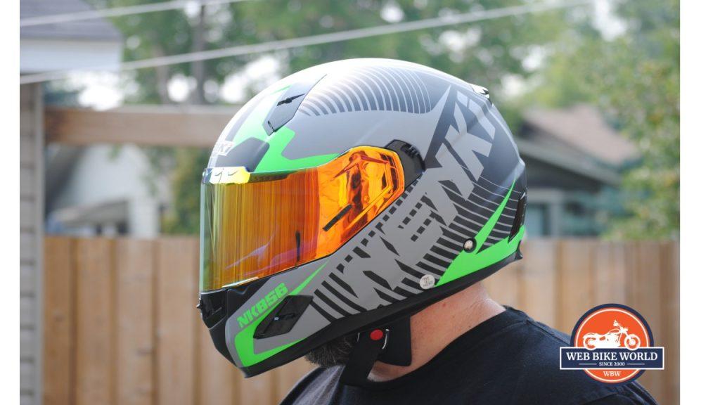 NENKI NK856 Helmet visor down on model