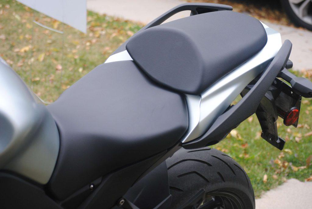 Seating on 2018 Kawasaki Ninja 1000 ABS