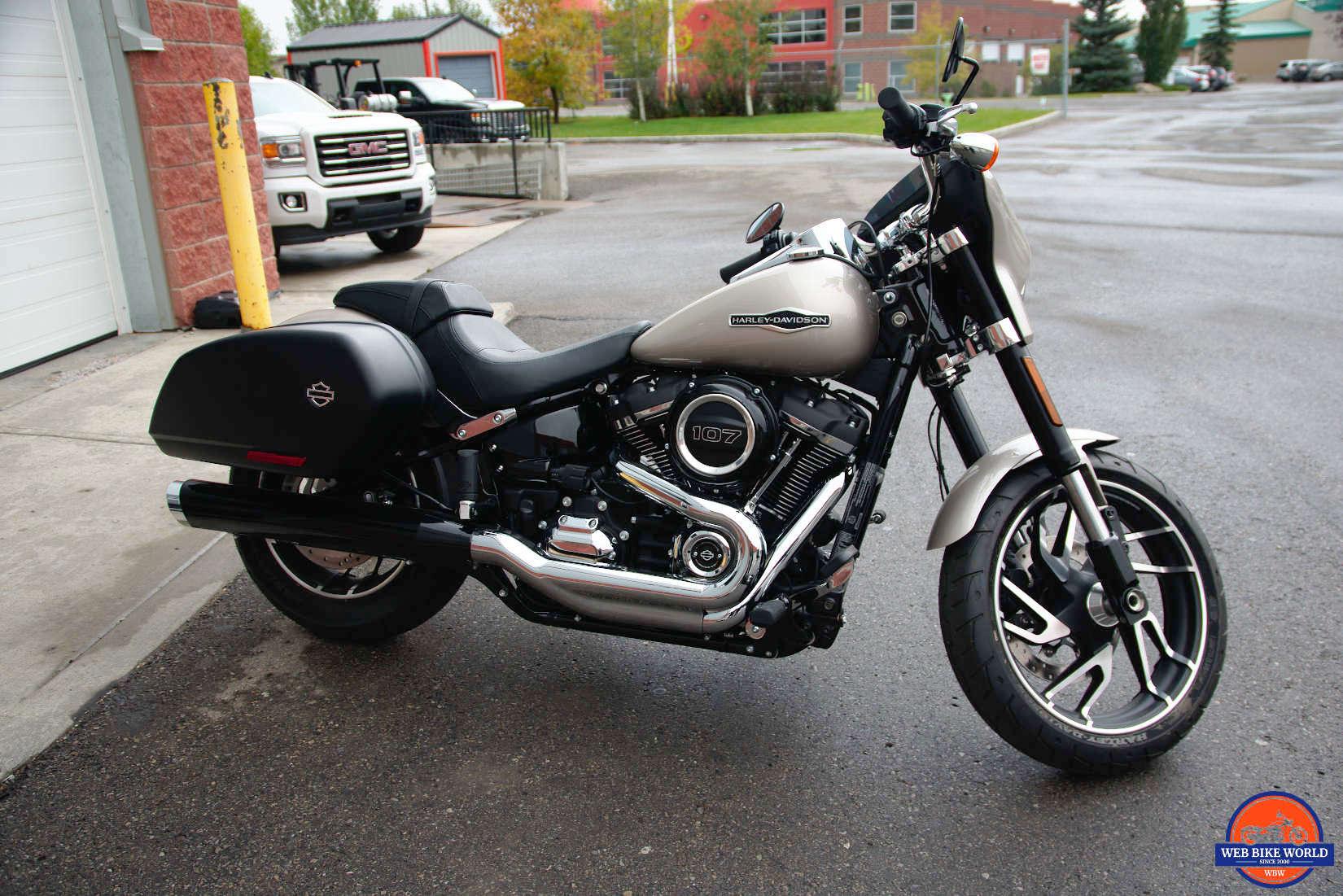 2018 Harley Davidson Sport Glide Test Ride