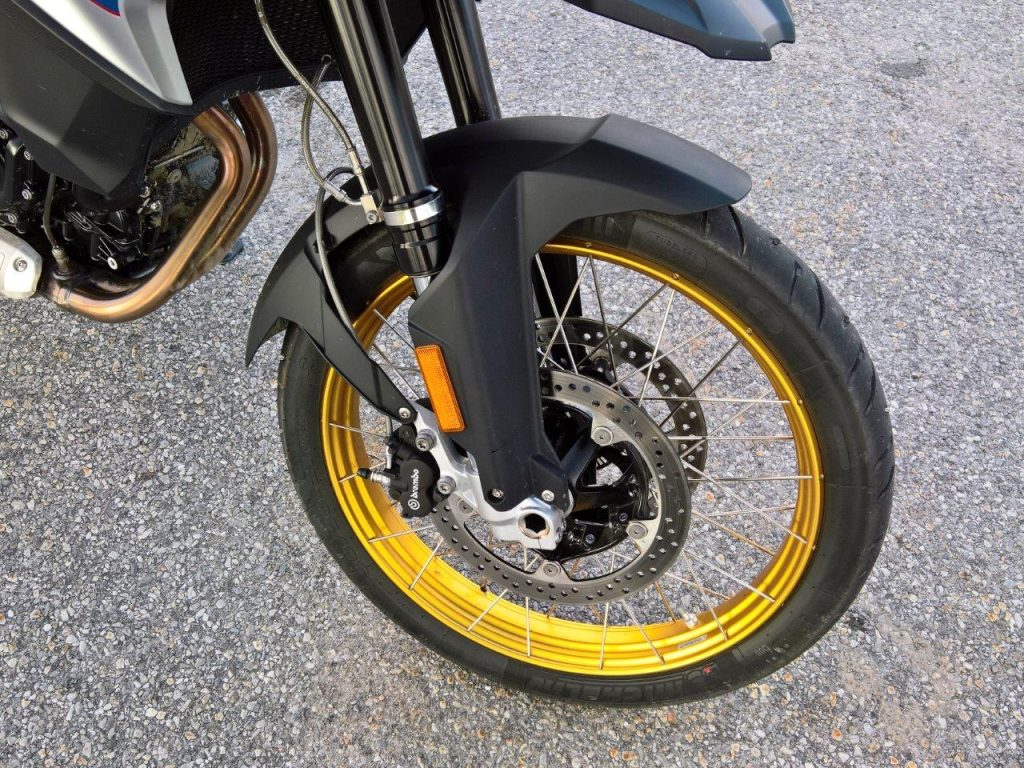 2019 BMW F850GS Rallye gold trimmed tires