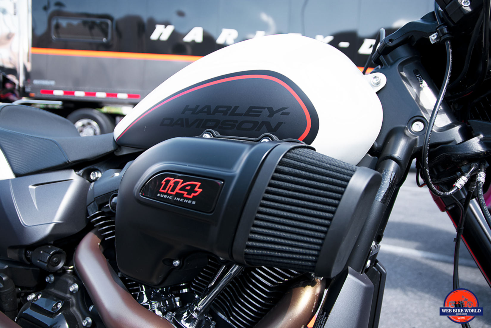 Air intake on the 2019 Harley Davidson FXDR.