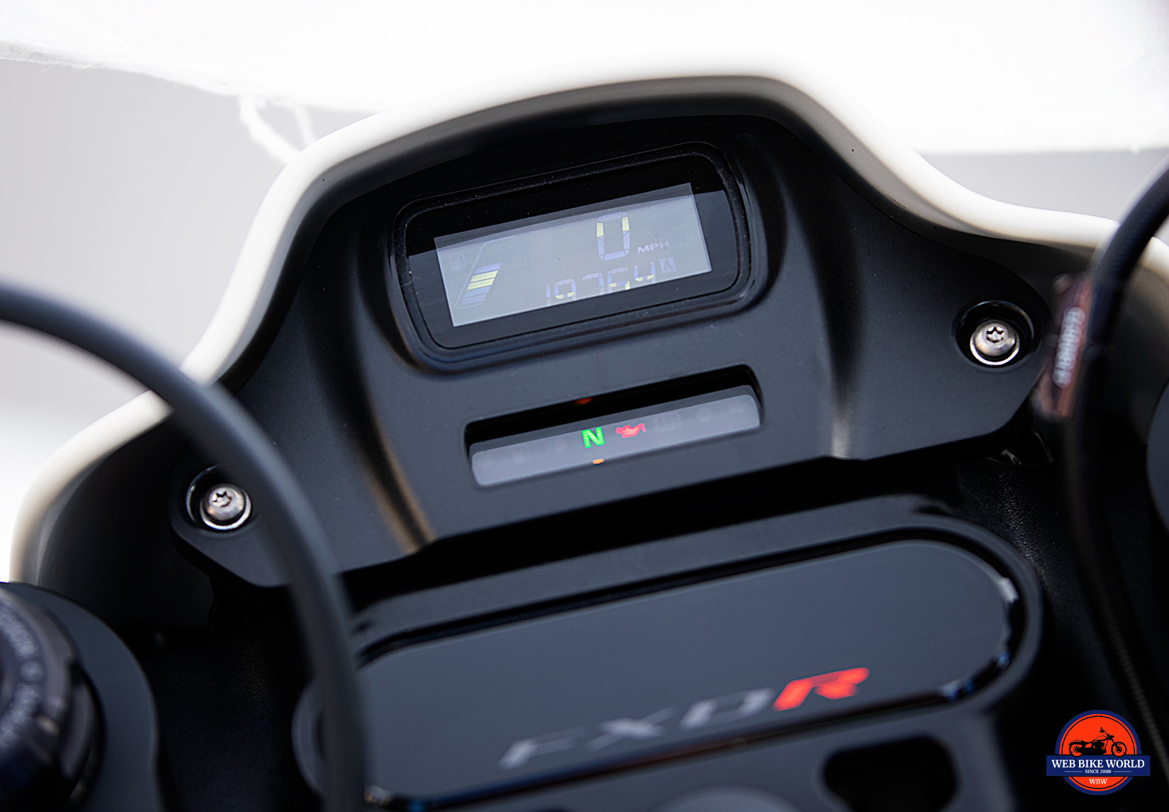 Dash on the 2019 Harley Davidson FXDR.