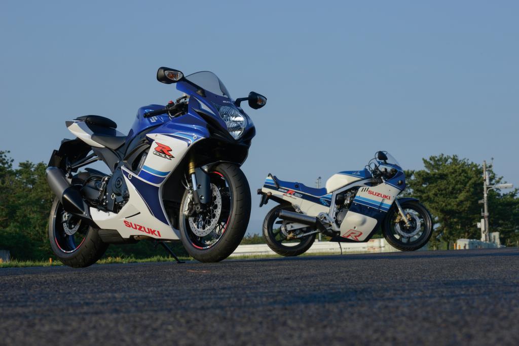 Suzuki GSX-R750 and GSX-R600