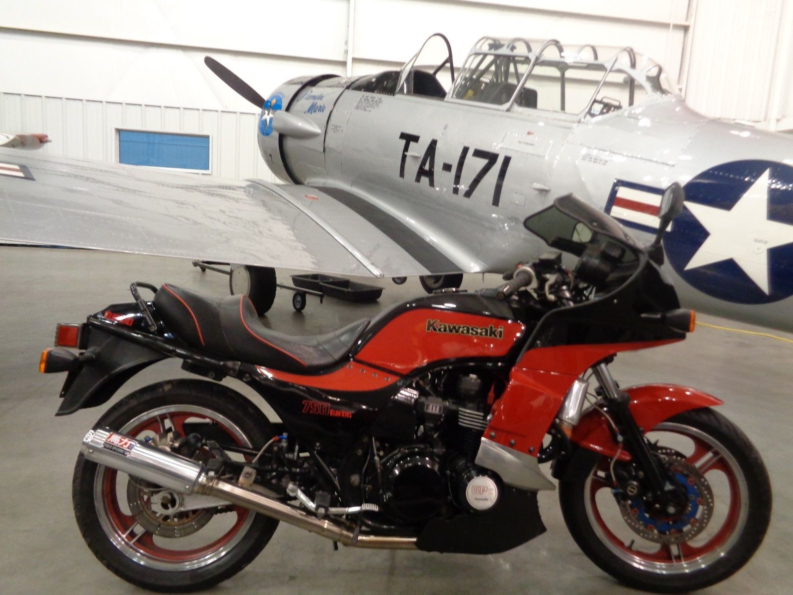 Customized 1984 Kawasaki GPz750 Turbo Makes 180 Horsepower