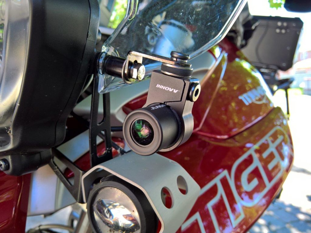 Front Installation of the INNOV K2 on the 2018 Triumph Tiger 800Xca