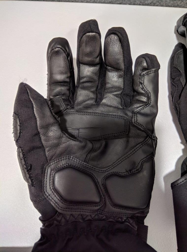 Alpinestars Apex Drystar Gloves palm made with goatskin leather