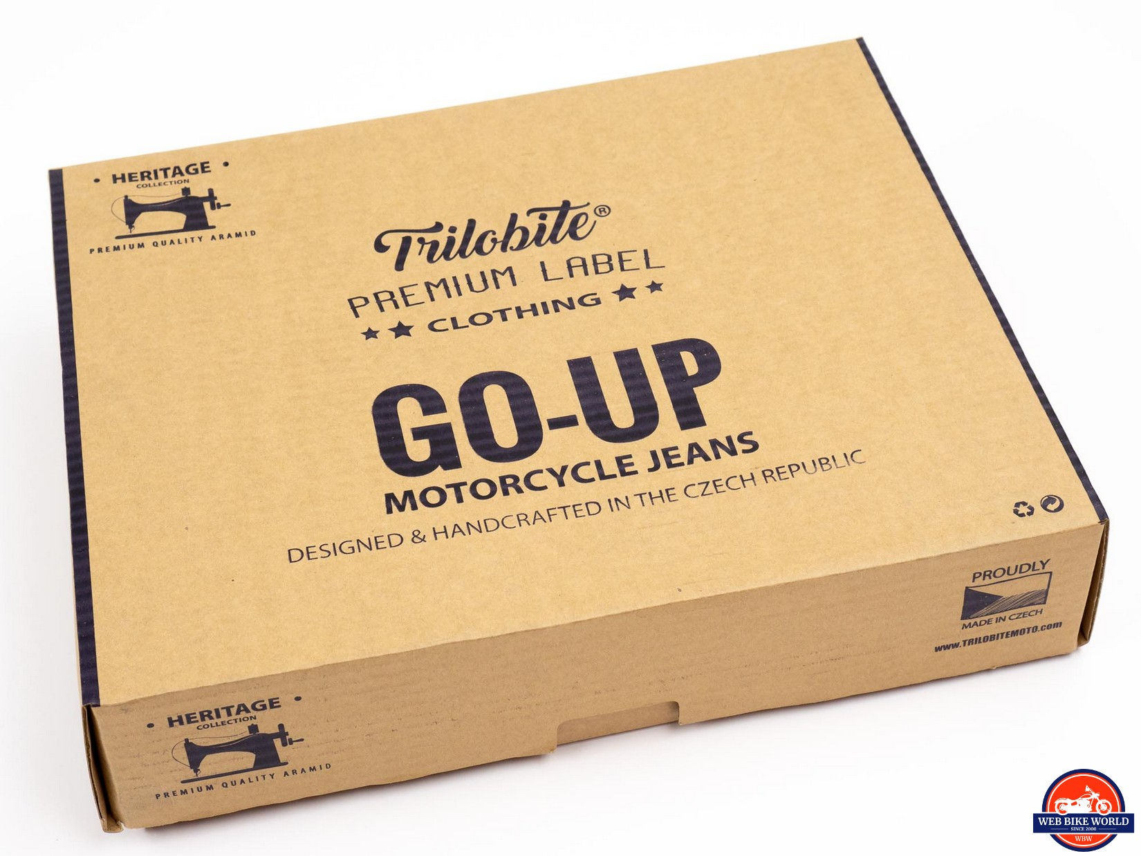 Trilobite Go-Up Jeans packaging