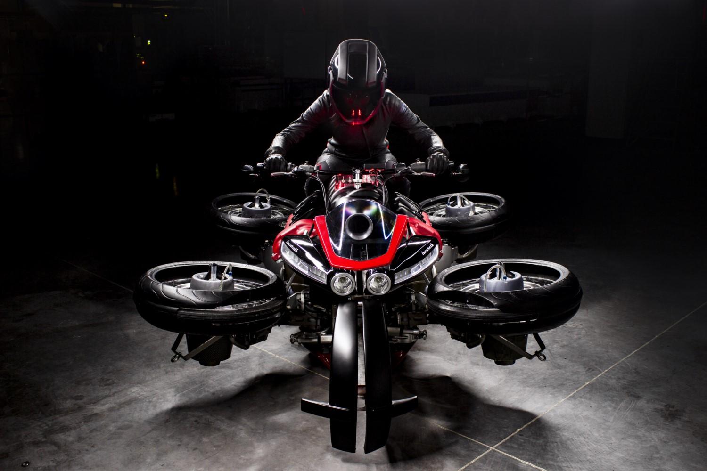 Lazareth La Moto Volante
