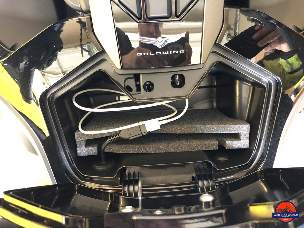 Honda Gold Wing DCT cell phone compartment.