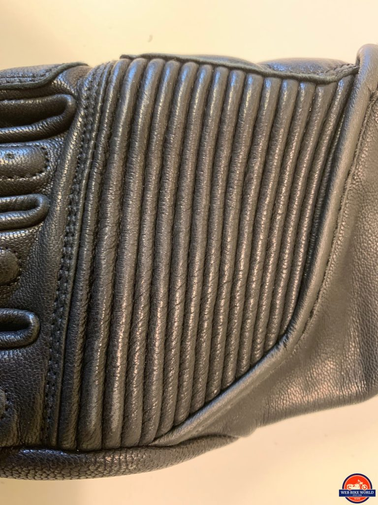 REV'IT Bastille Gloves accordion pleats