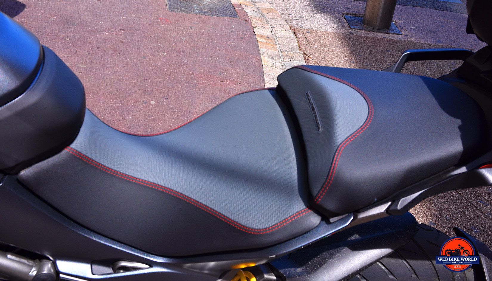 2019 Ducati Multistrada 1260S seat.