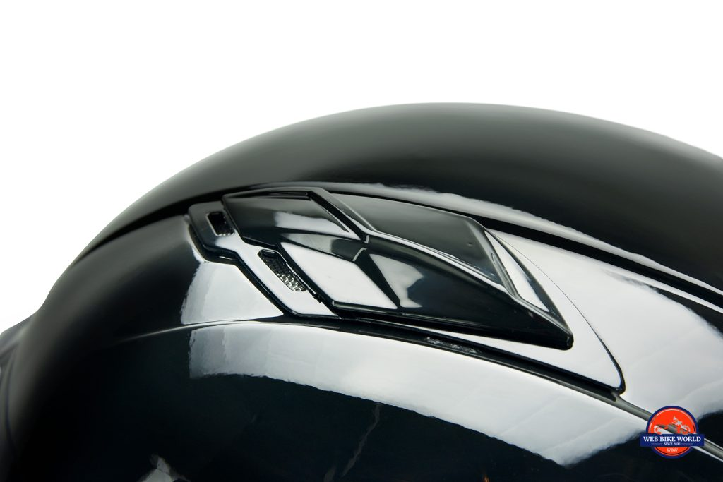GMax MD01 helmet air vent.