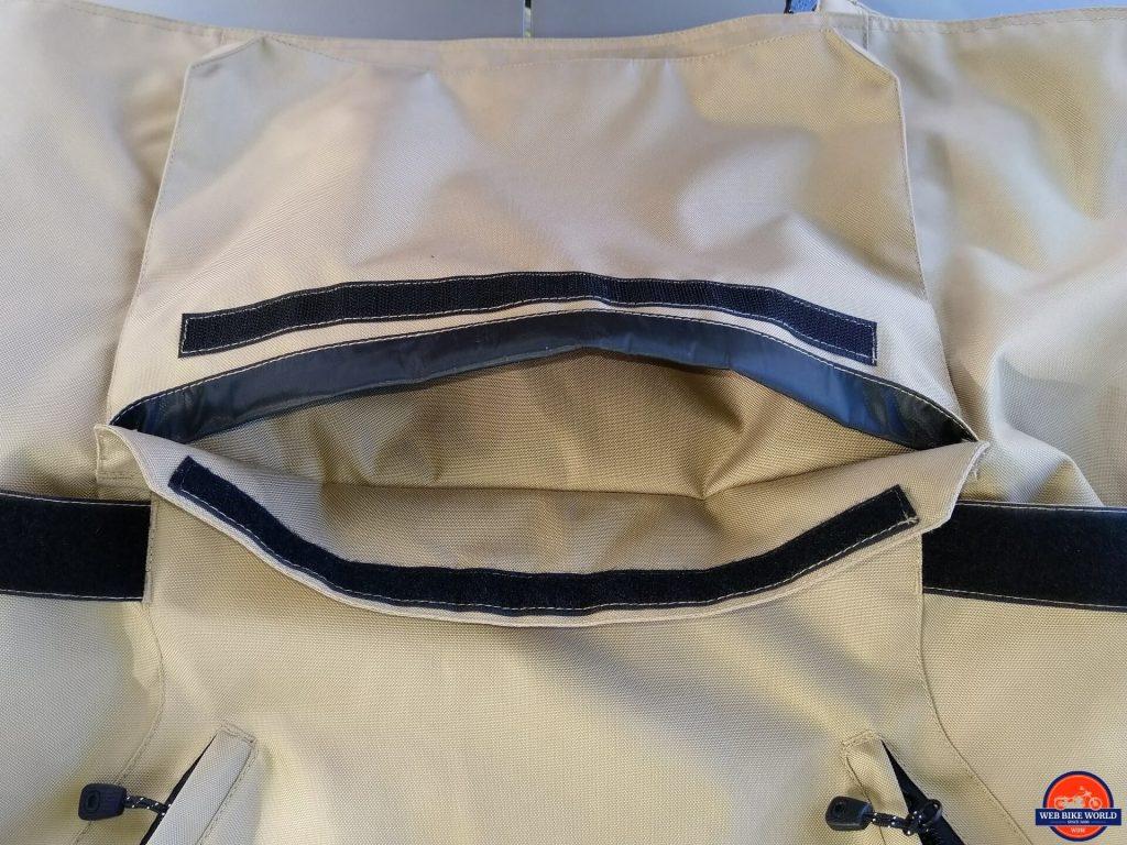 Motonation Pursang Textile Adventure Jacket empty cargo pocket