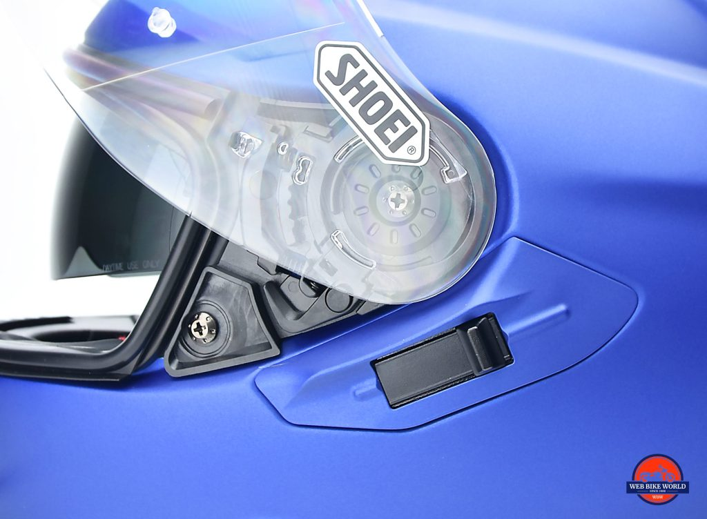 Switch for controlling the internal sun lens on The Shoei GT Air II.