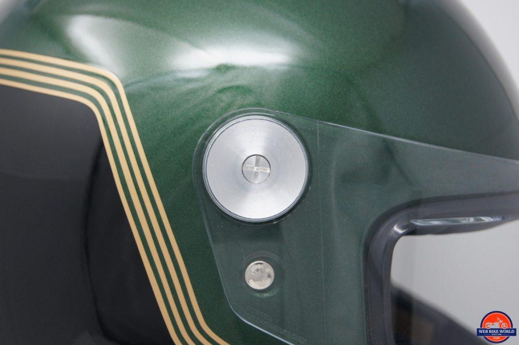 NEXX X.G100 Racer Motordrome Helmet visor mechanism