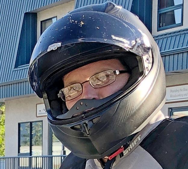 The Klim K1R helmet is glasses friendly.