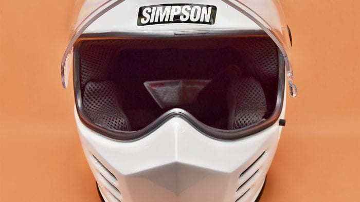 The Simpson Outlaw Bandit visor fully open.