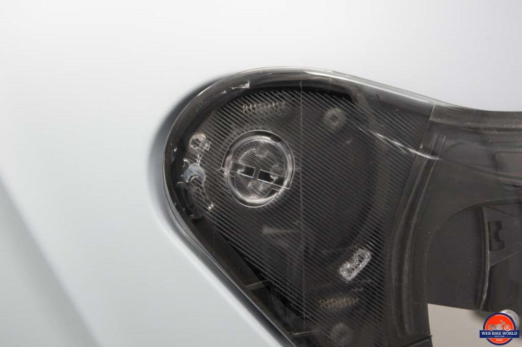 Schuberth M1 Pro visor mechanism