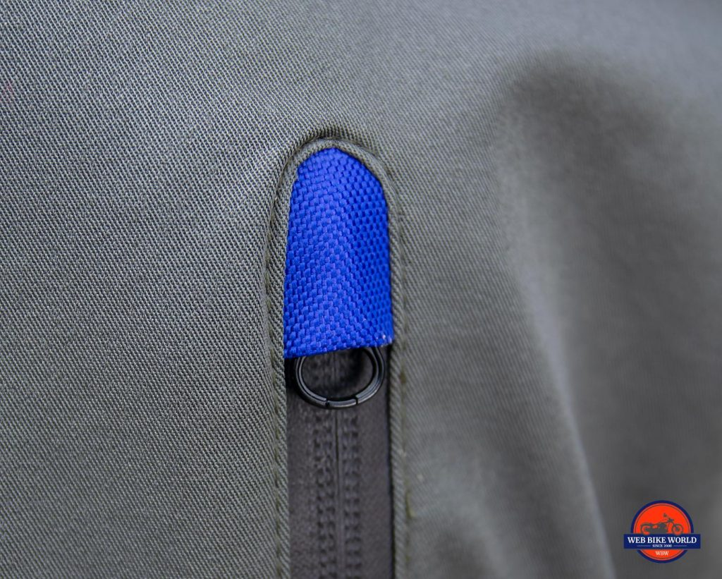 A zipper head hood on the Joe Rocket Canada Alter Ego 14.0 jacket.
