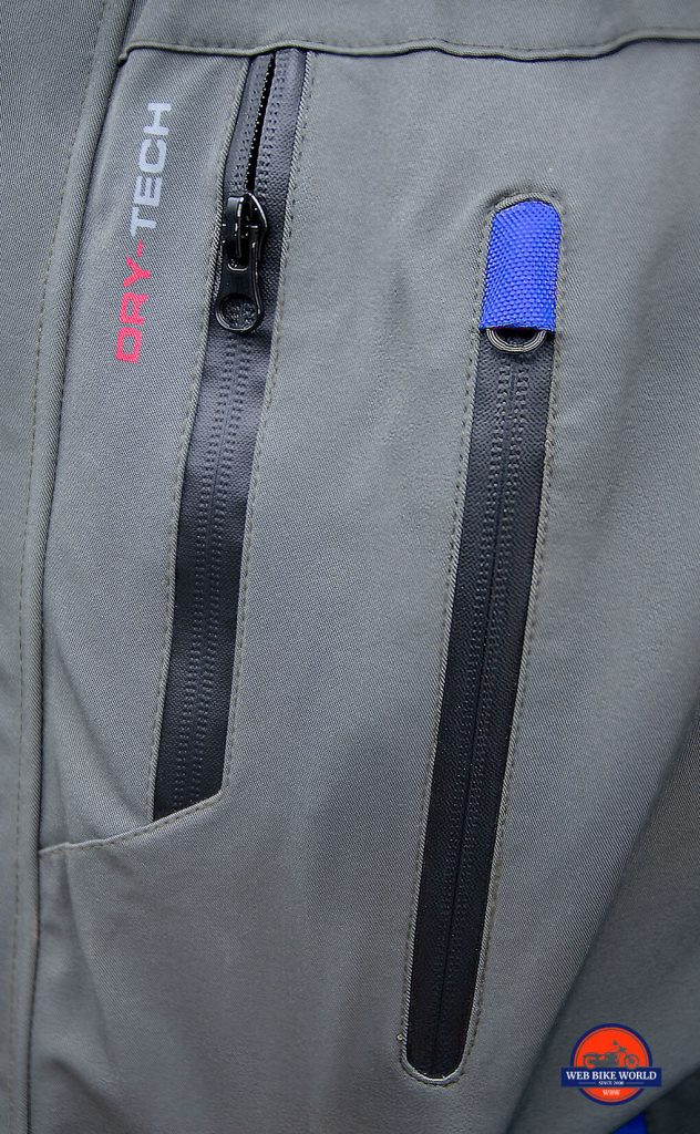 Zippers on the Joe Rocket Canada Alter Ego 14.0 jacket
