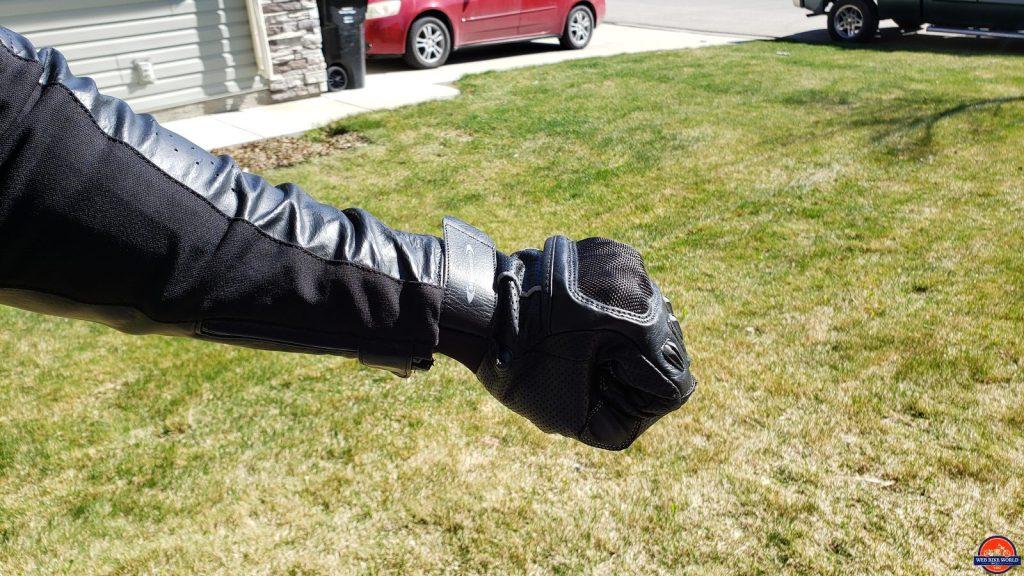 motonation campeon gloves with reax jackson jacket